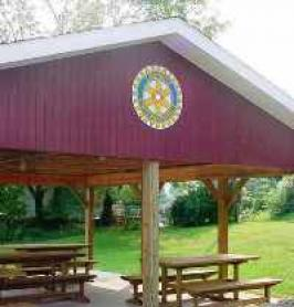 2005 WL Rotary Club Reading Shelter